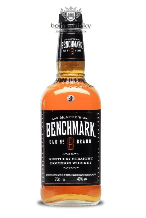 (McAfee's) Benchmark Old No 8 Brand Straight Bourbon /40%/ 0,7l